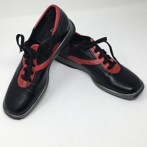 Stuart Weitzman Black & Red Leather Oxdords